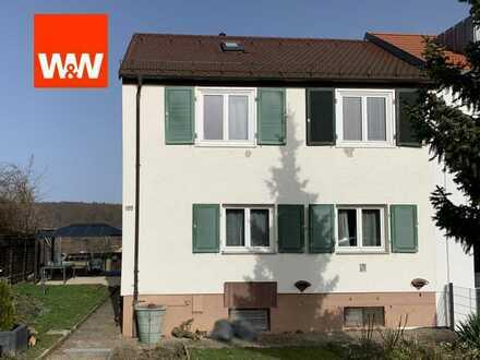 Doppelhaushälfte mit Garten und Terrasse im beliebten Stuttgarter Stadtteil Hoffeld