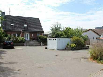 Einfamilienhaus und 4-Familienhaus in Probsteierhagen