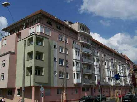 Gut vermietete 2 Zi. Wohnung als Kapitalanlage! Preis auf Anfrage