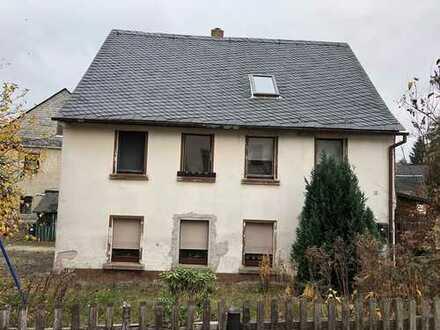 Einfamilienhaus mit viel Platz zum Ausbau in Zschorlau