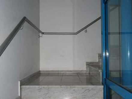 Stylisch, loftig mit EBK, Lift und Stellplatz