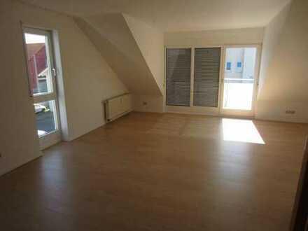 Linkenheim schöne 3 Zi Mais. DG WHG, Balkon, TG St., neu reno. Bj.95