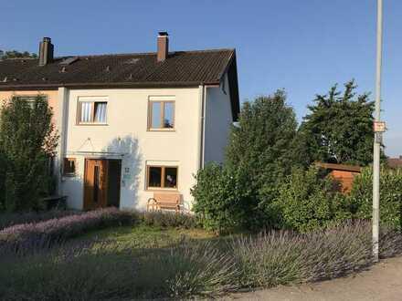 Gepflegte 5-Zimmer-Doppelhaushälfte mit EBK in Bad Friedrichshall, Bad Friedrichshall