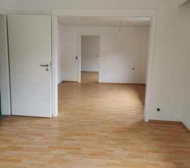 interessante schöne geräumige 4,5 Zimmer Wohnung in Neuhausen auf den Fildern !