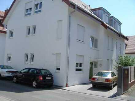 Heidelberg-Kirchheim, schön geschnittene 2-Zimmer mit Südbalkon