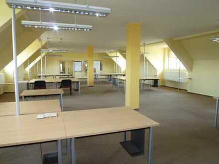 Büroetage 2 x 180 qm bzw. Einzelbüro/Lager ab 20 qm, nahe Zentrum Neuruppin