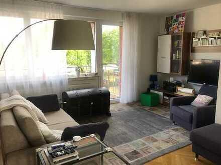 Hochwertig ausgestattete 5-Zimmerwhg. mit 2 x Badezimmer & 2 x Balkon. TOP LAGE