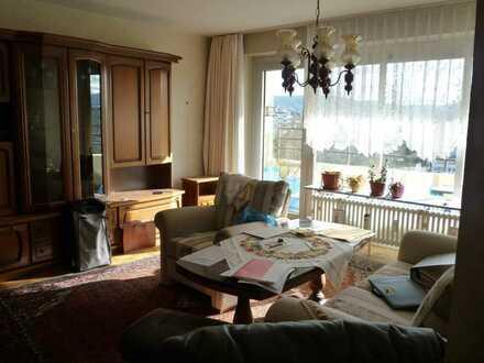 2-Zimmer-Wohnung im 9. OG mit Balkon und Keller
