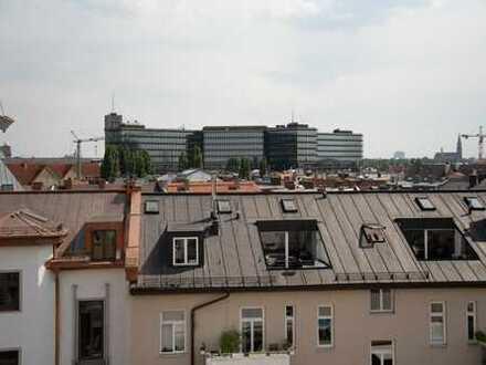 Altstadt / Erstbezug: Große 3-Zimmer-Maisonette-Wohnung im Dachgeschoss