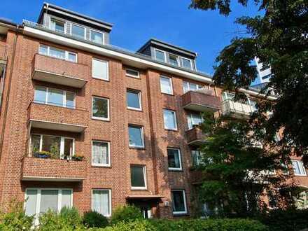 Top Lage - Hamburg Uhlenhorst. Luxus 3-Zimmer-Wohnung mit EBK und Balkon