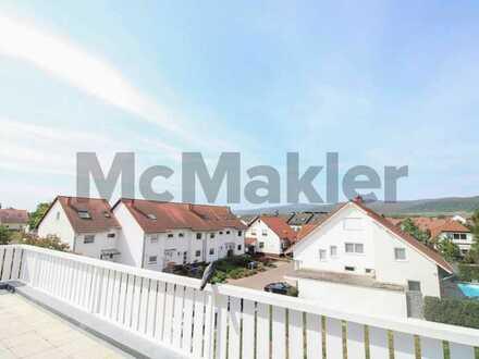 Gehobenes Wohnen in ruhiger Lage: 3-Zi.-ETW mit großer Terrasse, moderner Küche und 2 Freiplätzen