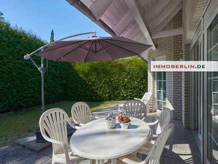IMMOBERLIN: Toplage! Feines Haus mit Südwestgarten & sehr adrettem Ambiente