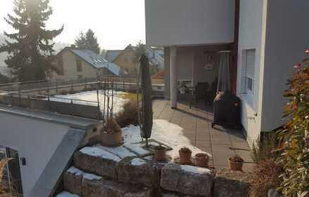 Top exkl. Dachterrasse mit hochwertig ausgestattetem Appartement