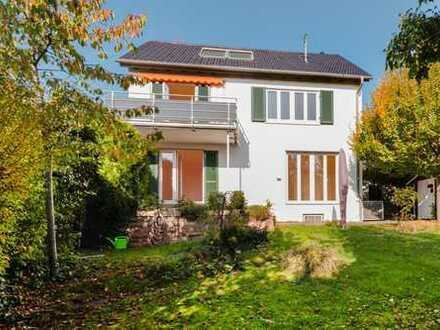 Familienfreundliches Einfamilienhaus in Korntal Münchingen mit großem Garten