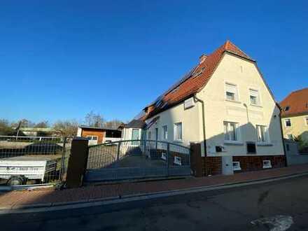 Vermietetes Mehrfamilienhaus - Anbau- oder Umbaumöglichkeit vorhanden