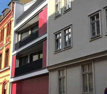 Schöne und moderne Drei- Raum- Wohnung in der Altstadt