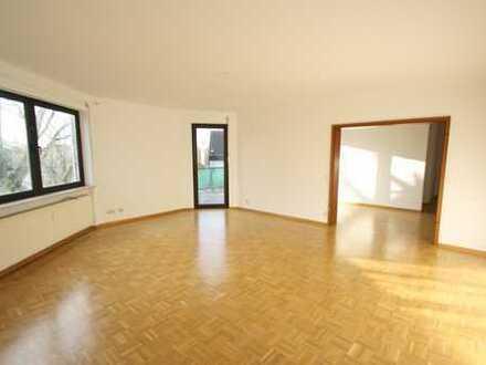 myHome-Immobilien / Supergünstige 3 Zi-Traum Wohnung, 110 qm mit großen Wohnzimmer und DACHTERRASSE