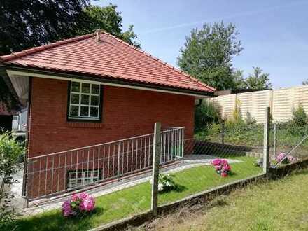 Exklusive ruhig gelegene und frisch sanierte 1-Zimmer-Wohnung in Kiel-Holtenau