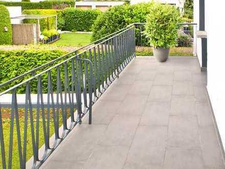 Frankfurt-Bergen: Gepflegte Wohnlage - komplett sanierte 3 Zi Wohnung - herrlicher Balkon zum Garten