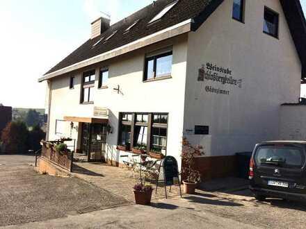 Schönes Anwesen mit Weinkellerei, Pension und Wohnhaus in Pleisweiler-Oberhofen/Bad Bergzabern