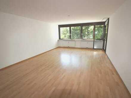 Rheinnähe - Bezugsfreie, großzügige 2-Zimmer-Wohnung in Bonn-Castell!
