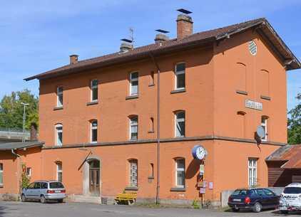 Wohnung in altem Bahnhof zu vermieten