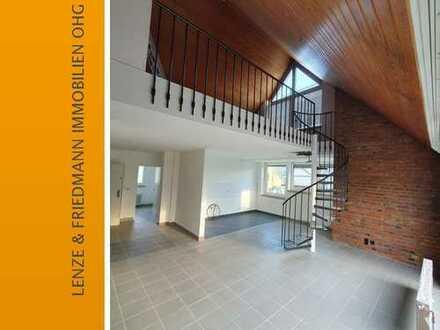 Köln-Brück - Helle 4 Zimer-Wohnung 126m² in ruhiger, zentraler Lage, Küche Diele Bad und Loggia