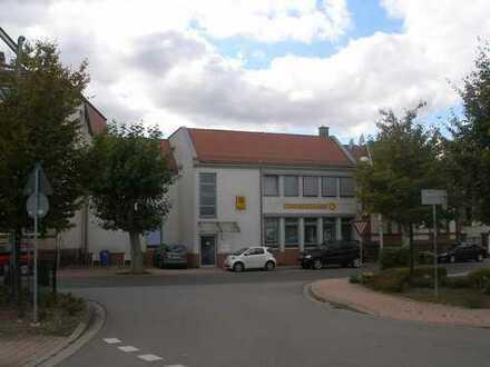 Helle und freundliche Büroräume direkt am Bahnhof in Grünstadt zu vermieten