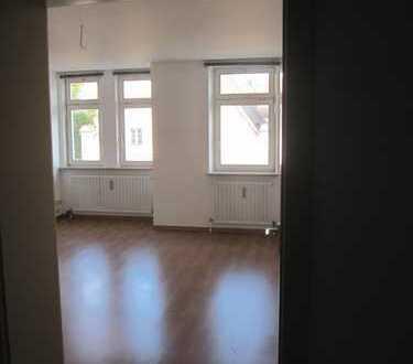 Exklusive, sanierte 2-Zimmer-Wohnung in Ingolstadt-Mitte
