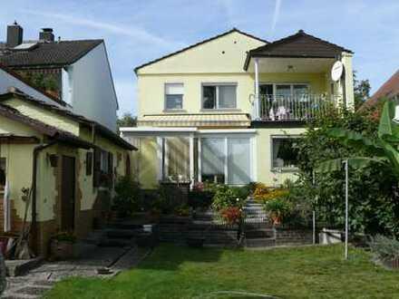 2 - Familienhaus m. großem Garten in Mühlheim am Main