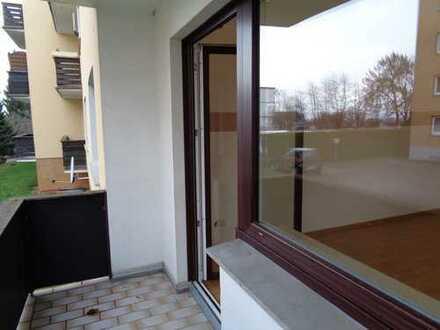 Gemütliche 3 Zimmer-Wohnung mit Balkon und Garage