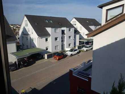 Gepflegte 3-Zimmer-DG-Wohnung in bester Lage von Wernau (Neckar)