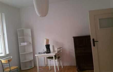 Zimmer in ruhiger 2er WG in Potsdam West nur an NR
