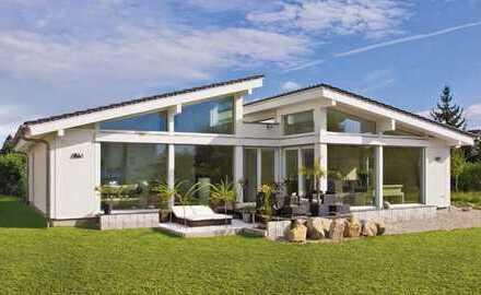 Luxus-Bungalow direkt am See und mitten im Grünen