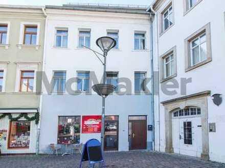 Vermieten am Markt: Modernisiertes Wohn- und Geschäftshaus mit 4 bezugsfreien Einheiten