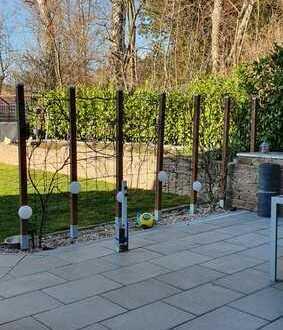 Nur 8 Km von ERDWEG Familienfreundliche DHH mit super Garten in Oberzeitelbach bei Erdweg