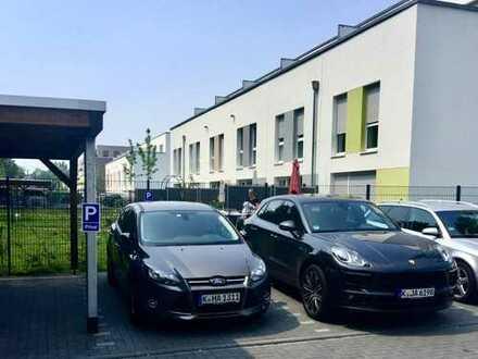 Neubau : Schönes Rheinhaus mit Anliegerwohnung im Grünen in Waldbadviertel Köln-Ostheim
