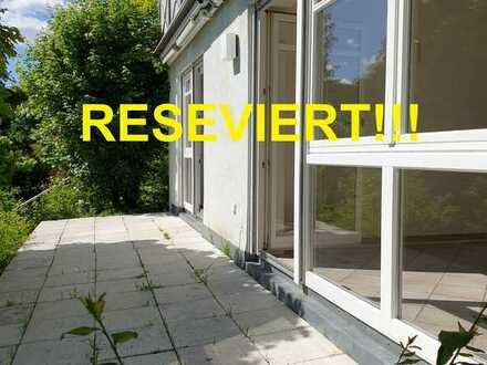 +++RESERVIERT+++ 2 Zi.- ETW. mit Terrasse in kleiner Wohnanlage