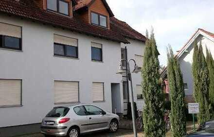 Freundliche, gepflegte 2-Zimmer- Wohnung mit EBK in Herxheim bei Landau/Pfalz