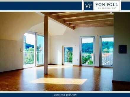 Exklusive 2 Zimmer-Dachgeschosswohnung in sehr guter Lage