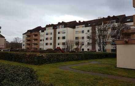 Vollständig renovierte 3,5-Zimmer-Wohnung,ca. 98 qm mit Balkon, EBK, 2 TG-Stellplätze in Frankenthal