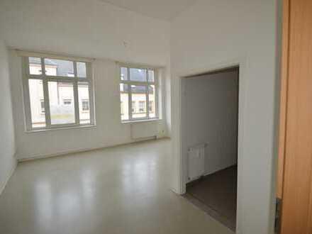 Altersgerechte 2-Raumwohnung mit Fahrstuhl im Haus