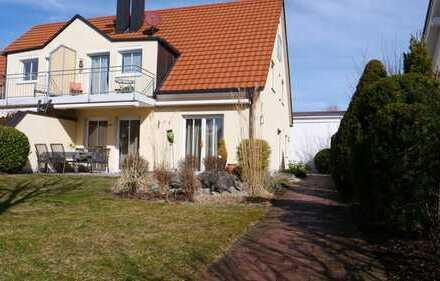 Hochwertige, topgepflegte Doppelhaushälfte in ruhiger Lage mit geschützem Garten - Fasanerie