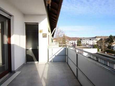 **Helle 3 Zimmer Wohnung mit großzügigem Balkon, zentral in Durlach **