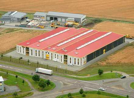 Lager- und Logistikhalle mit Gesamtgröße von 2900m² und sehr guter Verkehrslage