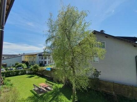 Sehr schöne, moderne, 3 Zi.- Wohnung im Ortszentrum von Thalgau mit Sonnenloggia und schöner Aussicht.