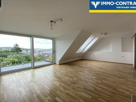 Erstbezug Dachgeschossmaisonette mit Terrasse und Weitblick!