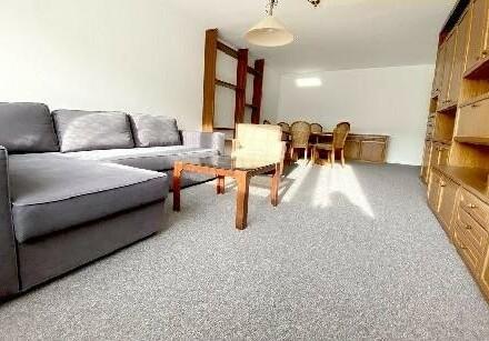 Mariahilfer Straße Einkaufsparadies - 2 Zimmer in ruhiger Seitengasse