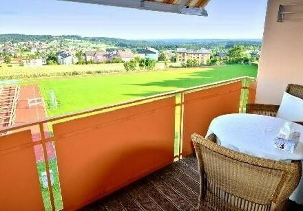 Blick ins Grüne und Ruhelage - Gepflegte 3-Zimmer Wohnung mit Balkon