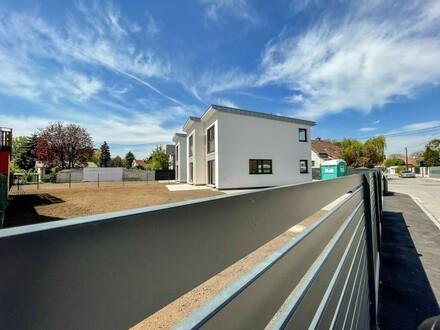 Elegantes, modernes Haus in grüner Umgebung …Provisionsfrei f. Käufer! // Elegant, modern house in green area ... buyer…